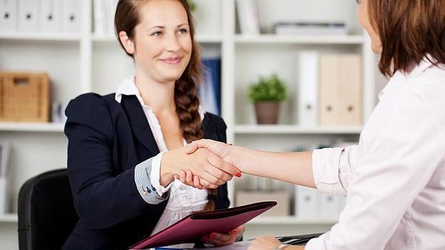Eres trabajadora social, educadora social, psicóloga,… ¿quieres trabajar ya o prefieres esperar más…?
