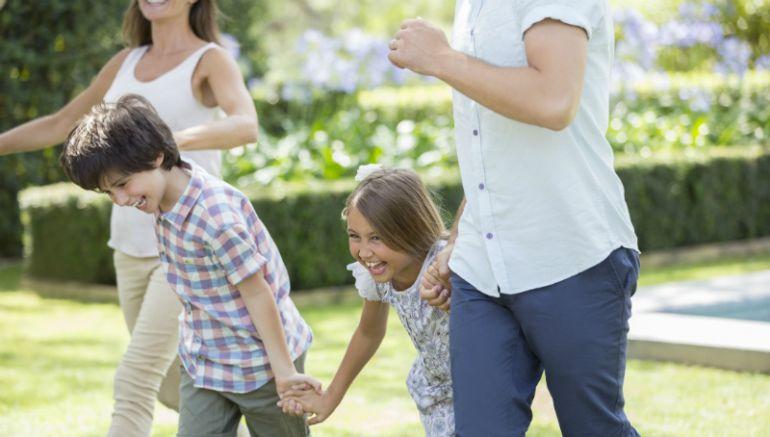 El trabajo social en el acogimiento familiar de menores. Campaña de sensibilización en Castilla La Mancha.