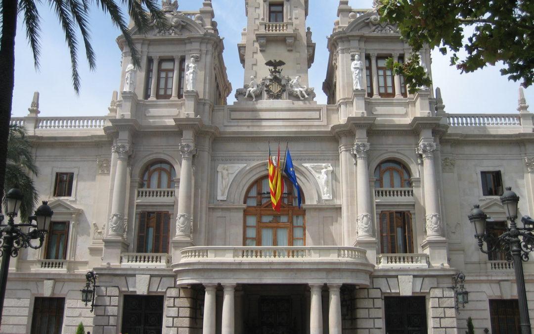 El ayuntamiento de Valencia contrata a 13 educadores/as sociales para atención al menor y 32 trabajadores/as sociales para Dependencia.