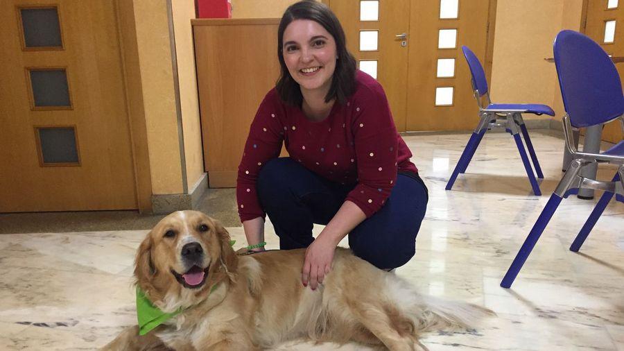 «La terapia con perros no cura pero mejora la calidad de vida»