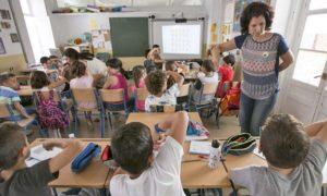 Unanimidad para pedir que la lengua de signos se incorpore al sistema educativo.