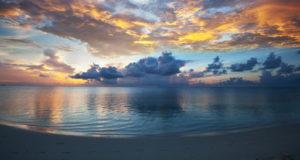 Mirar el mar activa el estado de felicidad en el cerebro.