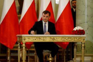Polonia abandonará el tratado europeo de violencia contra las mujeres